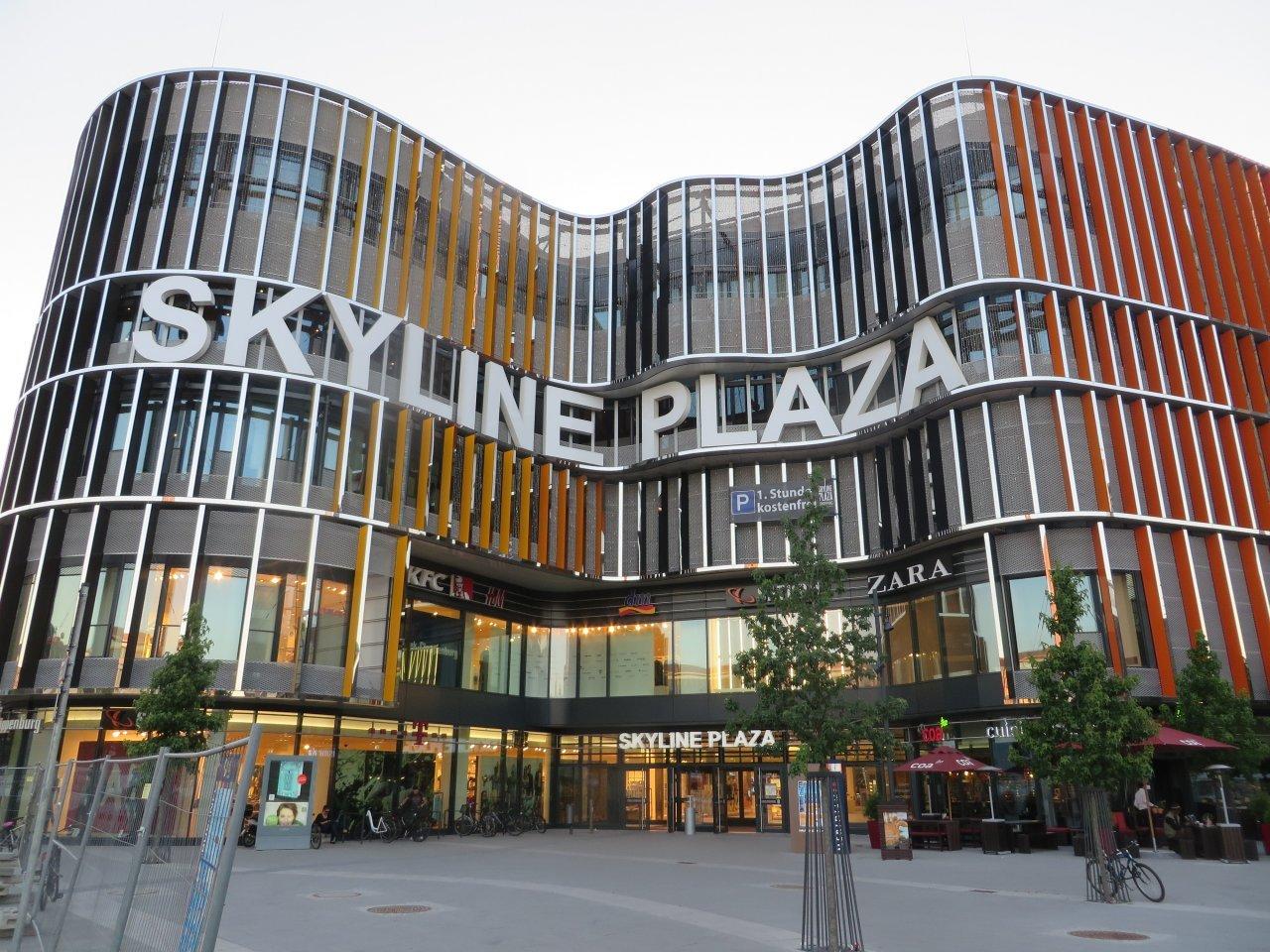 Skyline Plaza Frankfurt Geschäfte